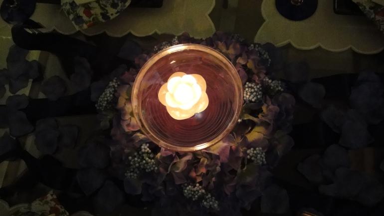 Com a vela acessa