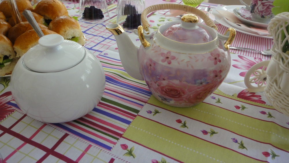 chá e acucareiro