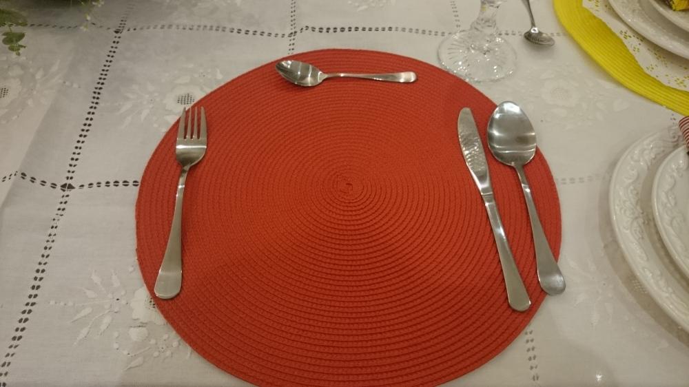 sousplat vermelho
