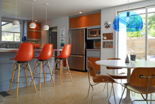 banquetas-coloridas-para-cozinha